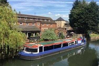 Hidden Hertfordshire 2-course Lunch & River Cruise