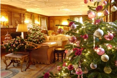 Christmas at Hever Castle inc. 2-course Lunch