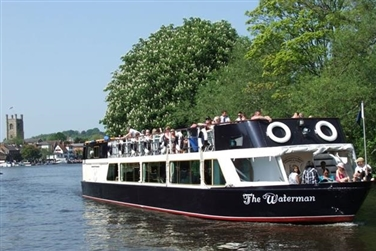 A Hobbs of Henley passenger boat on the river in Henley-on-Thames