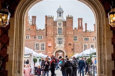 Hampton Court Palace at Christmas ~ Festive Fayre