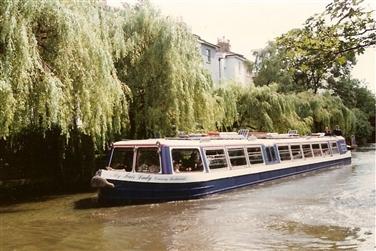 Camden Canal 2-hour Cruise inc. light lunch